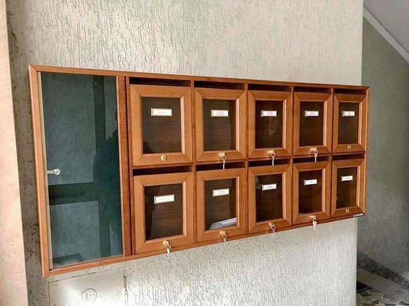 Cassette postali in legno